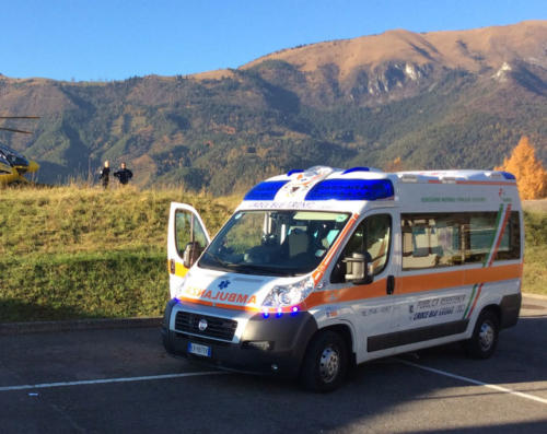 gromo croce blu 118 ambulanza soccorso sanitario